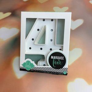 Heidi Swapp Marquee Love Number 4 Kit